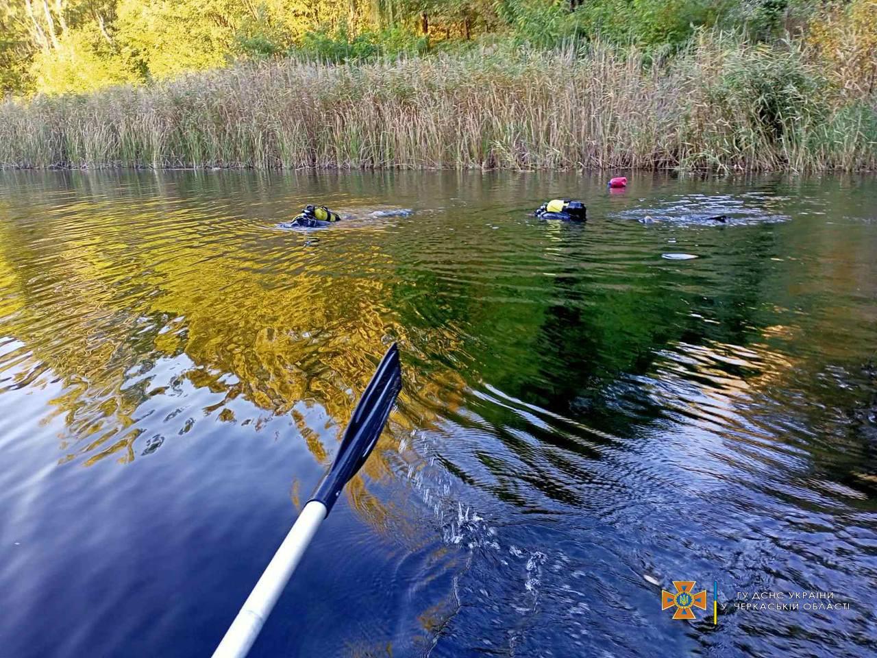 Пішла купатися на озеро: на Черкащині знайшли тіло потопельниці